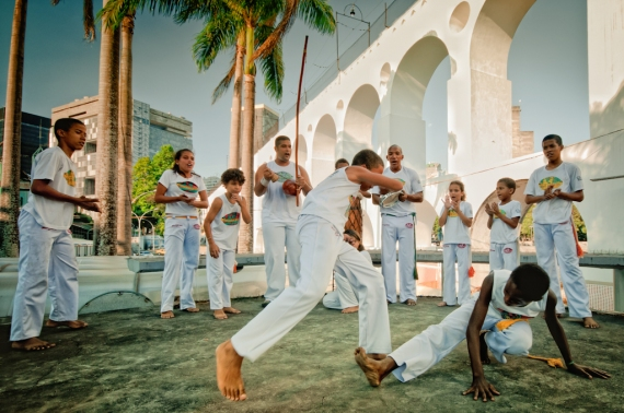 Abadá Capoeira na Lapa, com mestre Leo Barata, 2011